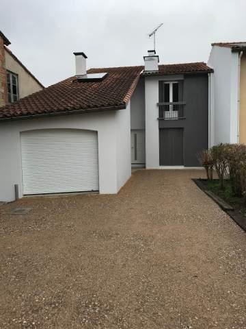 peinture sur crépis, avants toit, parement bois